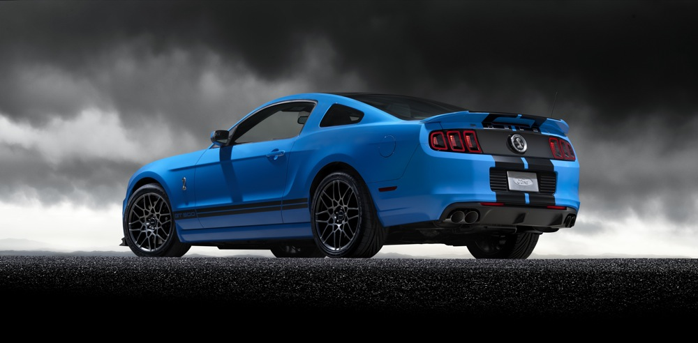 2013 ford shelby gt500 mustang changes the game with 650 horsepower. Black Bedroom Furniture Sets. Home Design Ideas