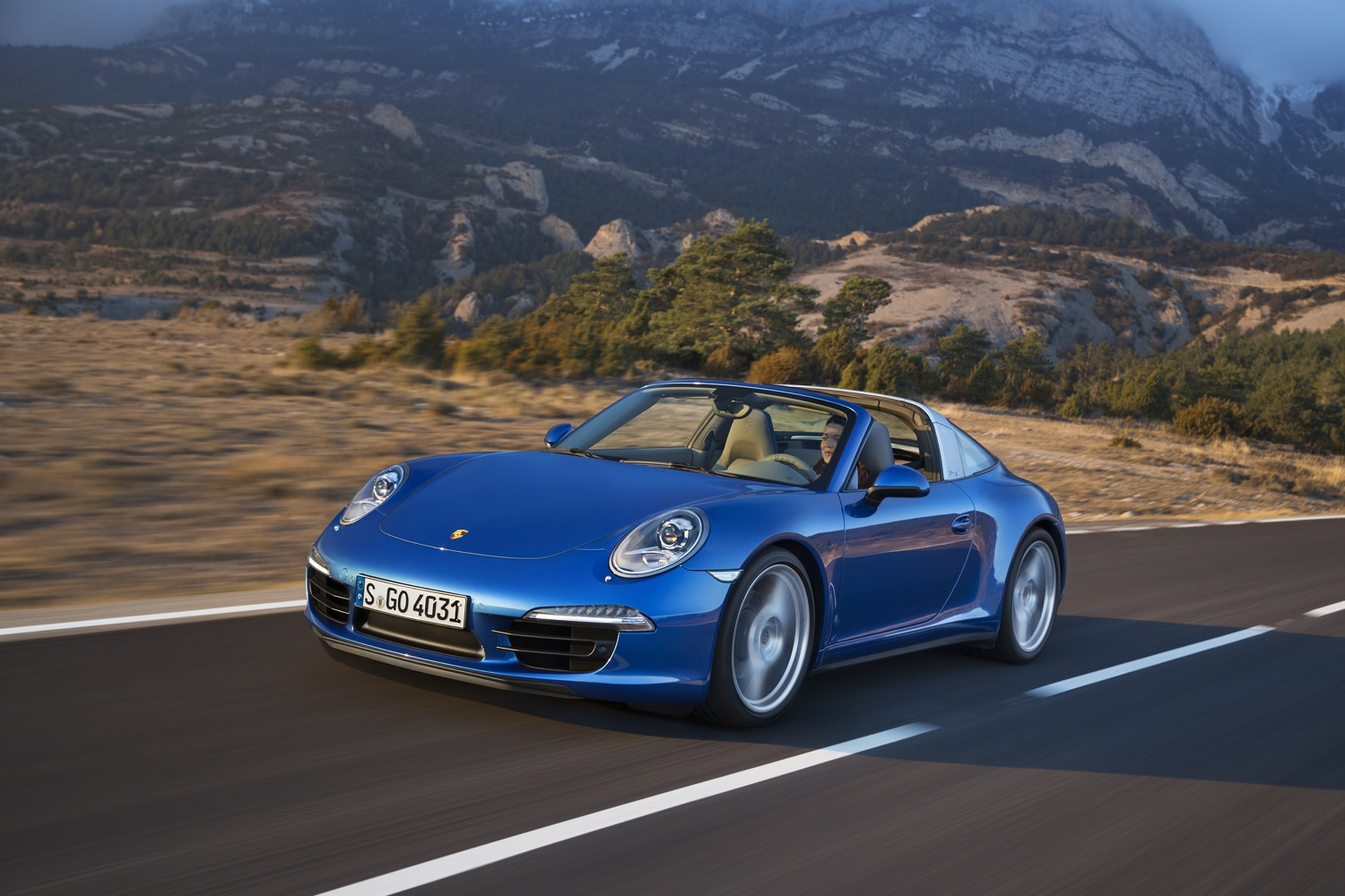 Porsche Reveals 911 Targa 4 Targa 4s For 2014 At Detroit