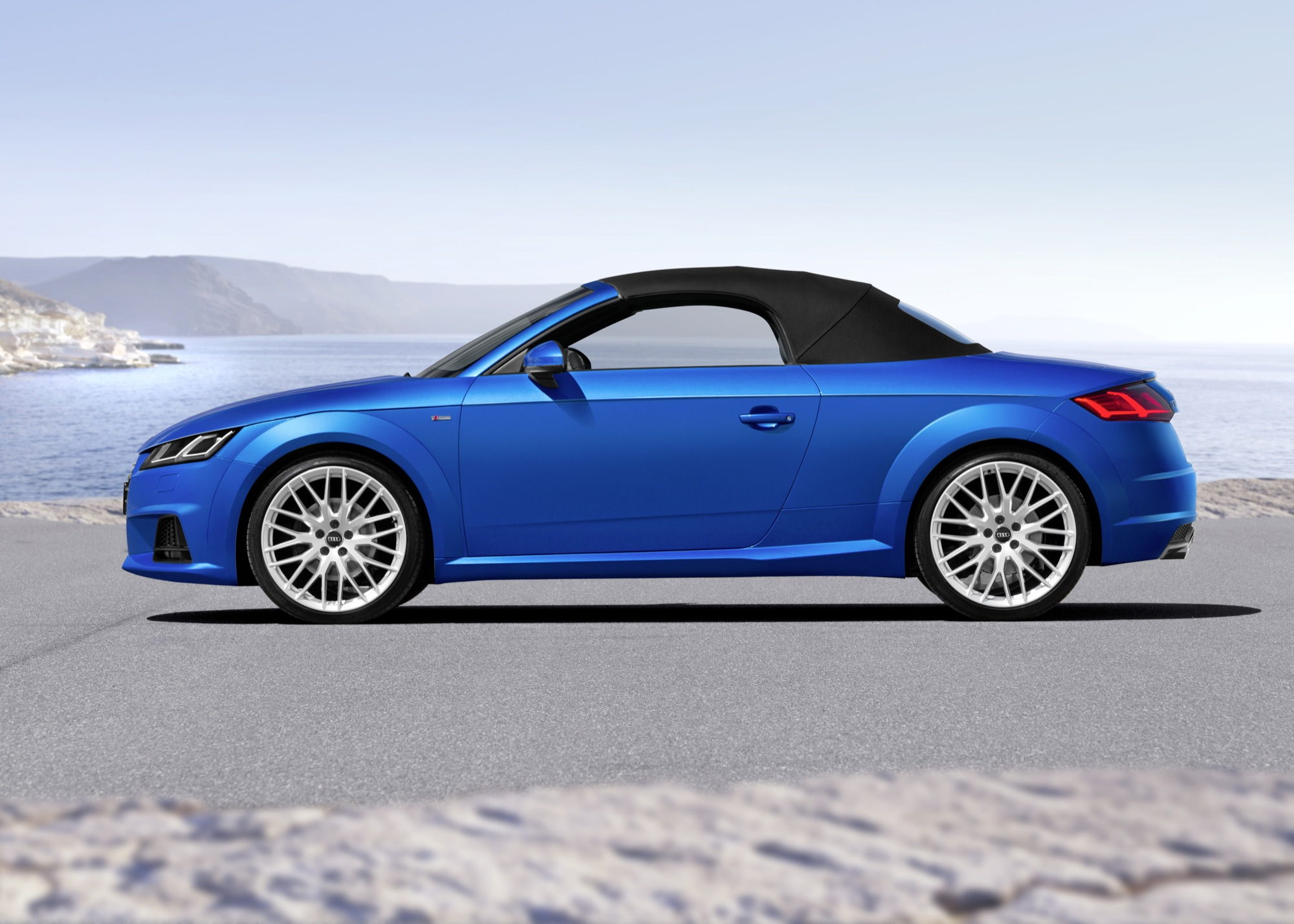 2015 audi tt roadster unveiled at paris motor show. Black Bedroom Furniture Sets. Home Design Ideas
