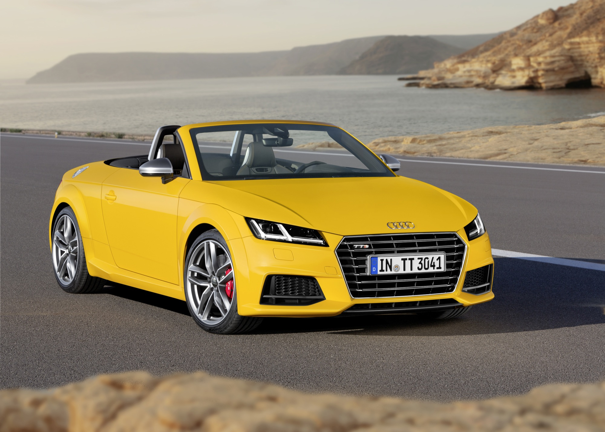 2015 audi tt roadster motrolix. Black Bedroom Furniture Sets. Home Design Ideas