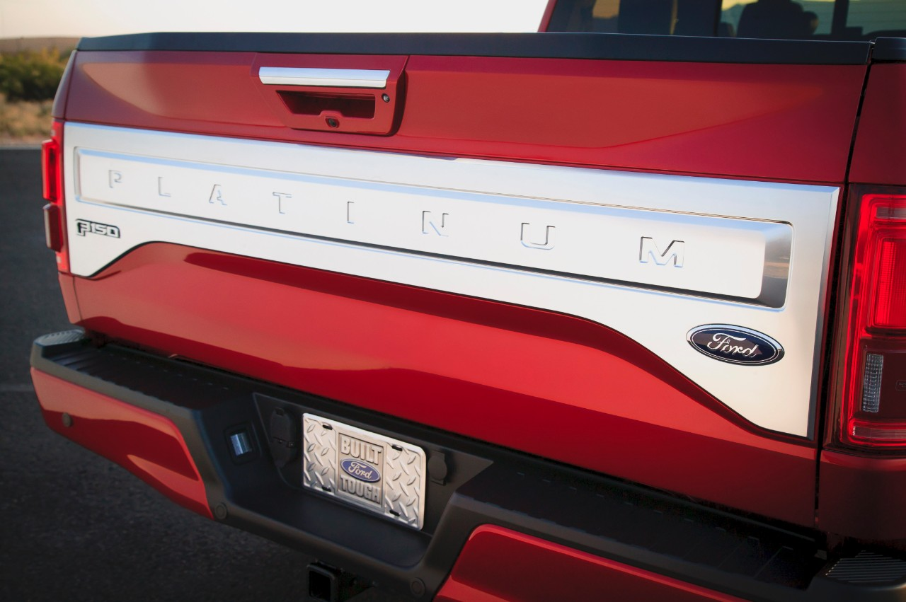 2015 ford f 150 09 - 2015 Ford F 150 King Ranch Tailgate