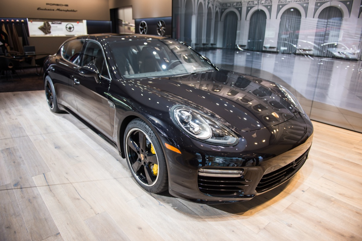 2015 porsche panamera turbo s executive exclusive series motrolix. Black Bedroom Furniture Sets. Home Design Ideas