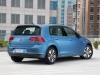 2015-volkswagen-e-golf-02