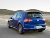 2015-volkswagen-golf-r-06
