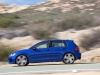 2015-volkswagen-golf-r-07