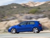 2015-volkswagen-golf-r-08