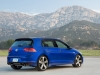 2015-volkswagen-golf-r-14