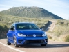 2015-volkswagen-golf-r-26