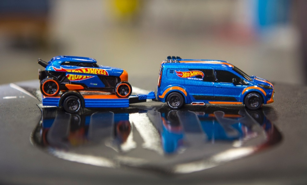Sema 2013 Ford Transit Cargo Van Hot Wheels Motrolix