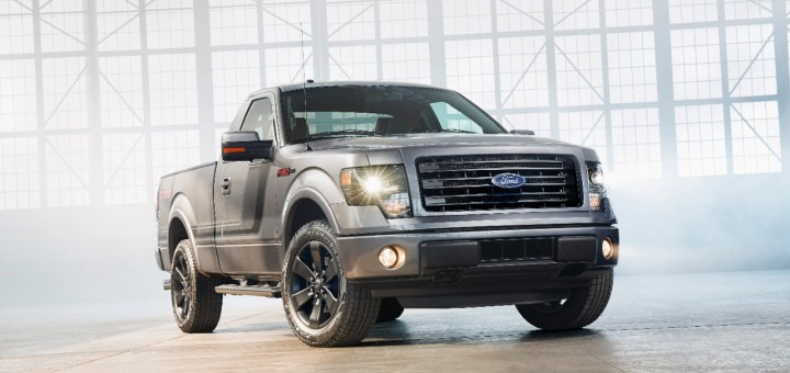 2014 Ford F-150 Tremor 01