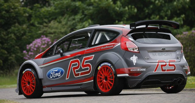 ford performance working on fiesta rs. Black Bedroom Furniture Sets. Home Design Ideas
