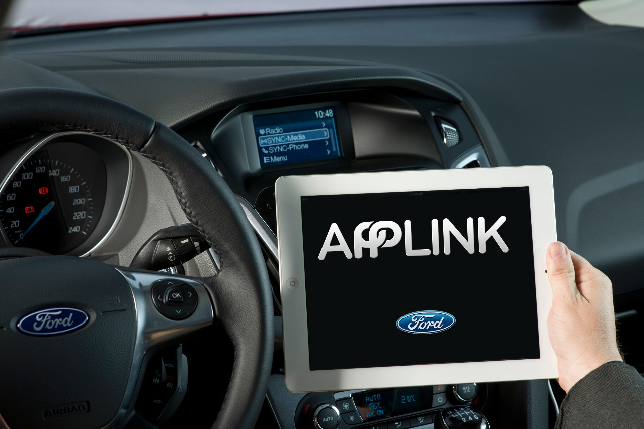 ford sync applink the past the present and the future. Black Bedroom Furniture Sets. Home Design Ideas