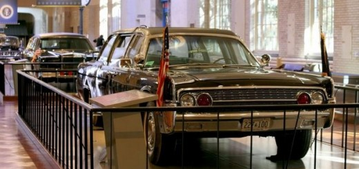 JFK 1961 Lincoln Continental Limousine