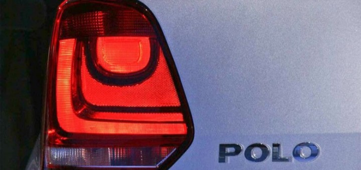 2009 Volkswagen Polo badge and taillight