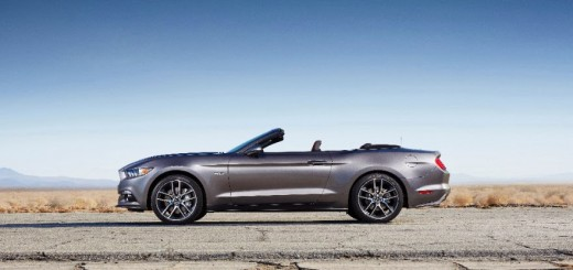 2015 Ford Mustang Convertible 05