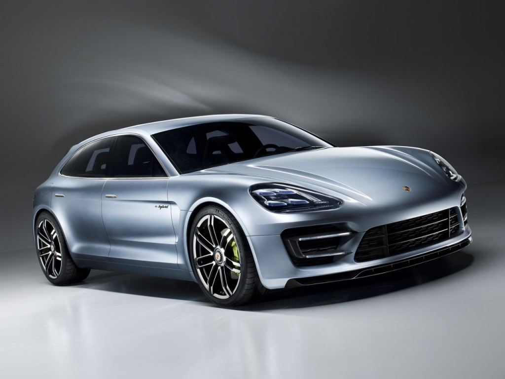 The 2018 Cayenne is expected to feature similar front air intakes as those seen on this Porsche Panamera Sport Turismo concept