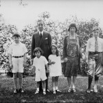 Mr and Mrs Edsel Ford and Children