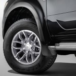 Ford Endeavour 03