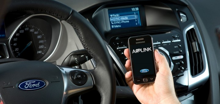 Ford AppLink on mobile handset