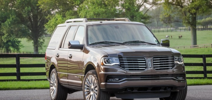 2015 Lincoln Navigator Three Quarter Front