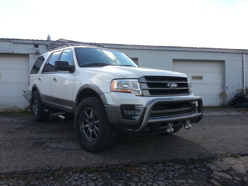 2015 Ford Expedition Vaccar - SEMA 2014 02