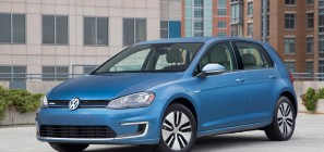 2015 Volkswagen e-Golf 01