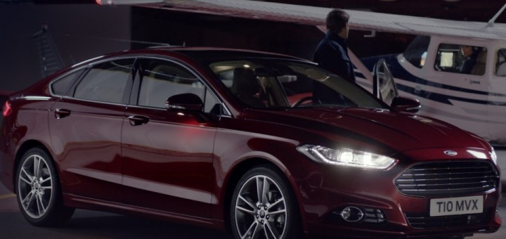2015 Ford Fusion Airport Airplane Runway Commercial