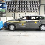 2015 Ford Mondeo Euro NCAP crash test 01