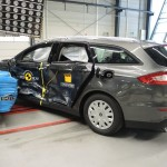 2015 Ford Mondeo Euro NCAP crash test 05