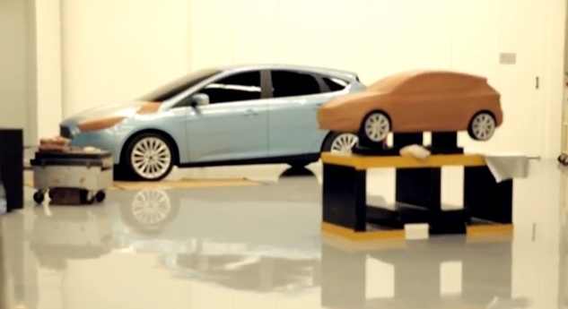 Kalker models a Ford Focus from clay