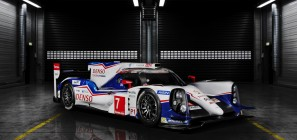 Toyota TS040 race car