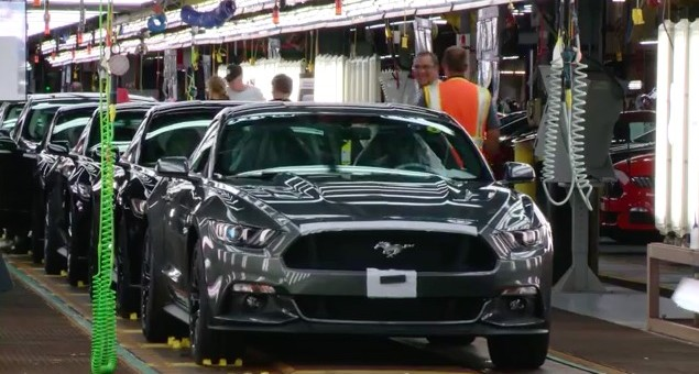 2015 Ford Mustang at Flat Rock Plant 01