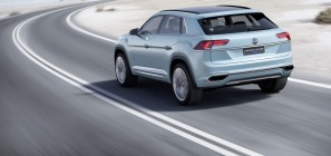 Volkswagen Cross Coupe GTE Concept 10