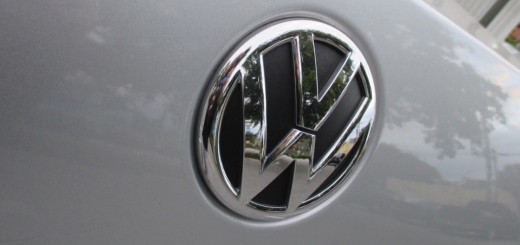 Volkswagen logo on 2012 Jetta 02