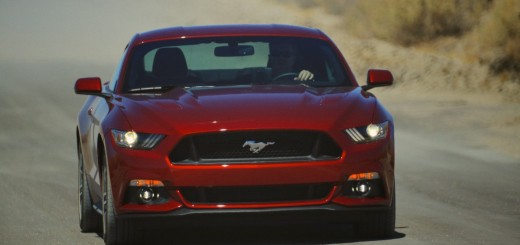 2015 Mustang GT driving