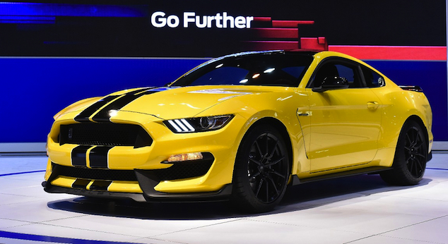 how much horse power does a mustang 2015 gt 350 r autos post. Black Bedroom Furniture Sets. Home Design Ideas