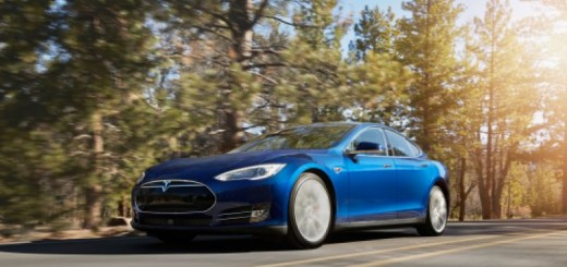 """Tesla Model S 70D shown in the newly available """"Ocean Blue"""" paint."""