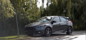 2015 Ford Focus ST 01