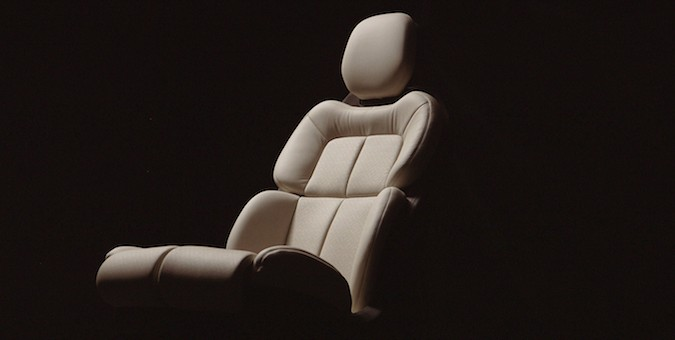 Lincoln Continental Concept 30-way seats