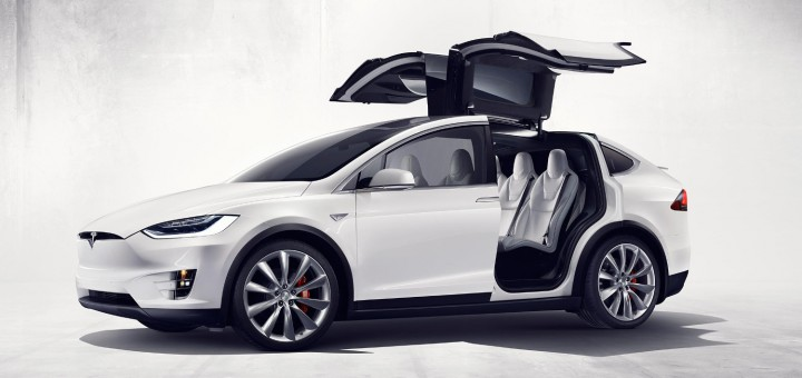 2016 Tesla Model X front three-quarters