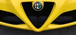 Alfa Romeo 4C Badge
