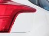 2012-ford-focus-hatch-integrated-fuel-door-3