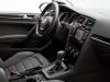 2015-volkswagen-golf-sportwagen-50