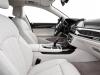 2016-bmw-7-series-interior-01